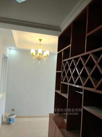 成华区油漆涂料工人施工照片